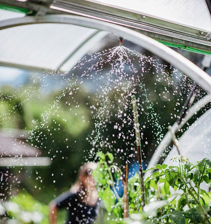 Hochbeet Kuppel Bewässerung